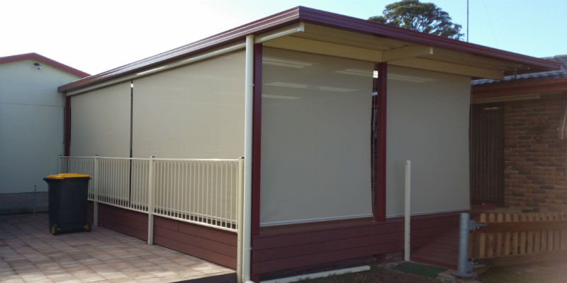 Outdoor roller Awning