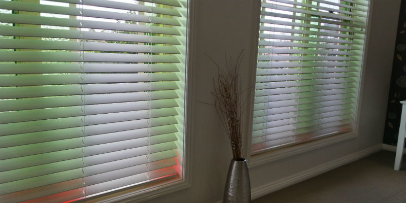 Coloured Venetian Blinds