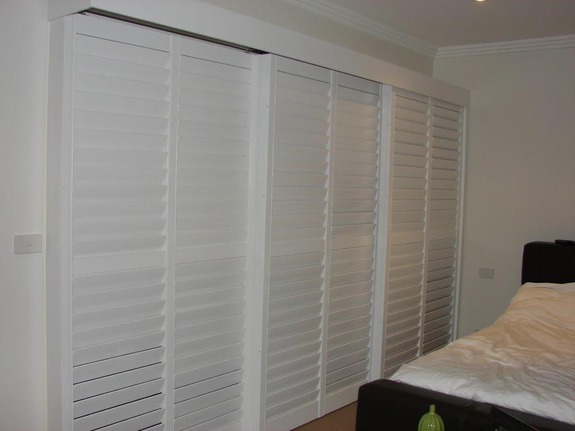 A photo of a sliding plantation shutter
